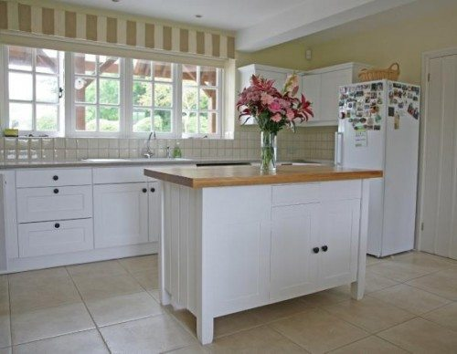 Wooden Kitchen Painted With Mythic Eggshell