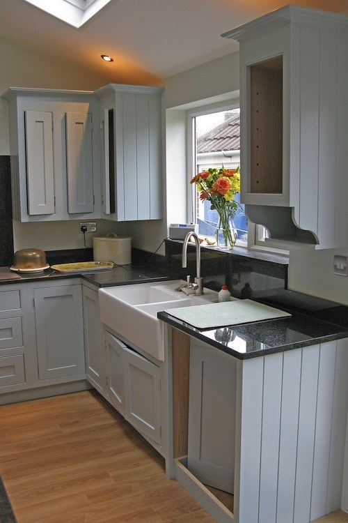 Hand Painted Kitchen Hampshire Traditional Painter
