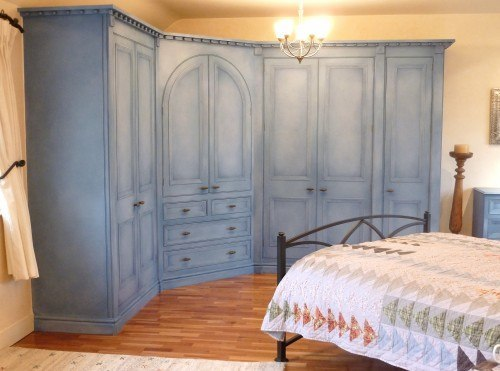 hand painted wardrobe with cloudy paint effect.