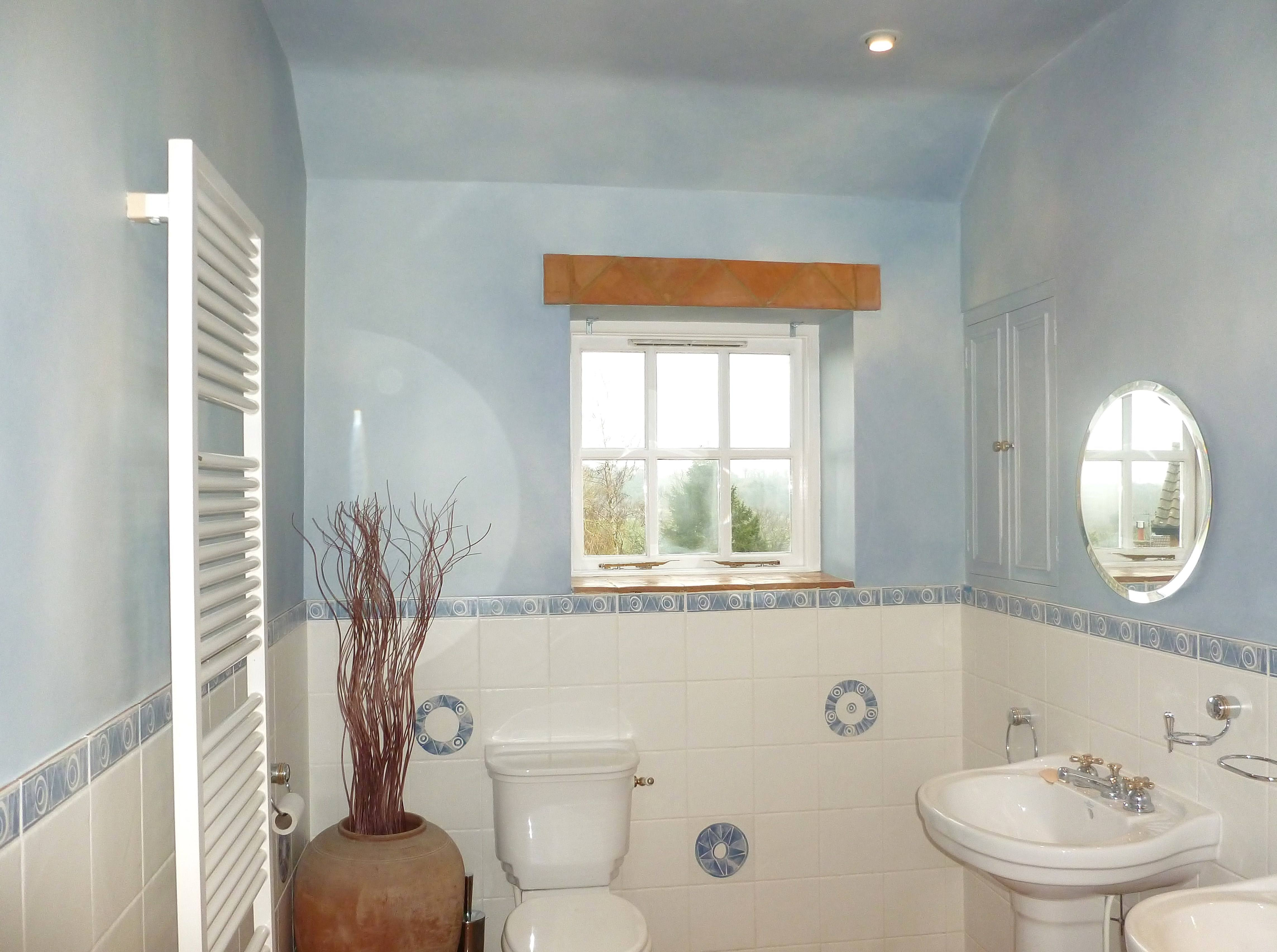 Paint Effect On Walls In Harrogate, How To Clean Painted Bathroom Walls