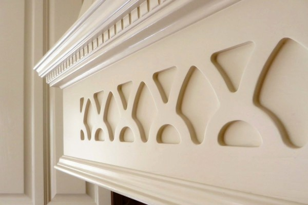 detail painted mantel