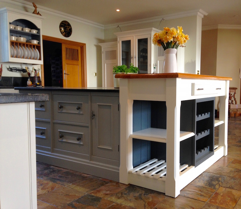 Hand Painted Kitchens Surrey Traditional Painter