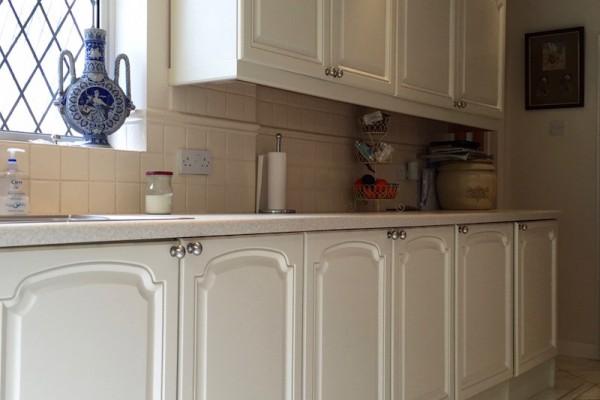4 Kitchen cabinet paint Surrey