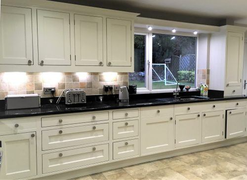 hand painted oak kitchen in Collingham