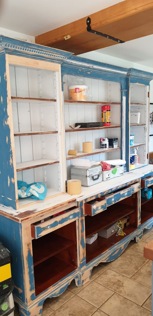 paintwork on a badly painted Chalon kitchen