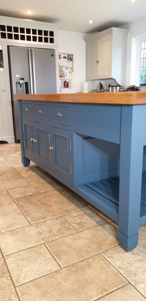 Chalon kitchen in Northampton painted by Paul Barber