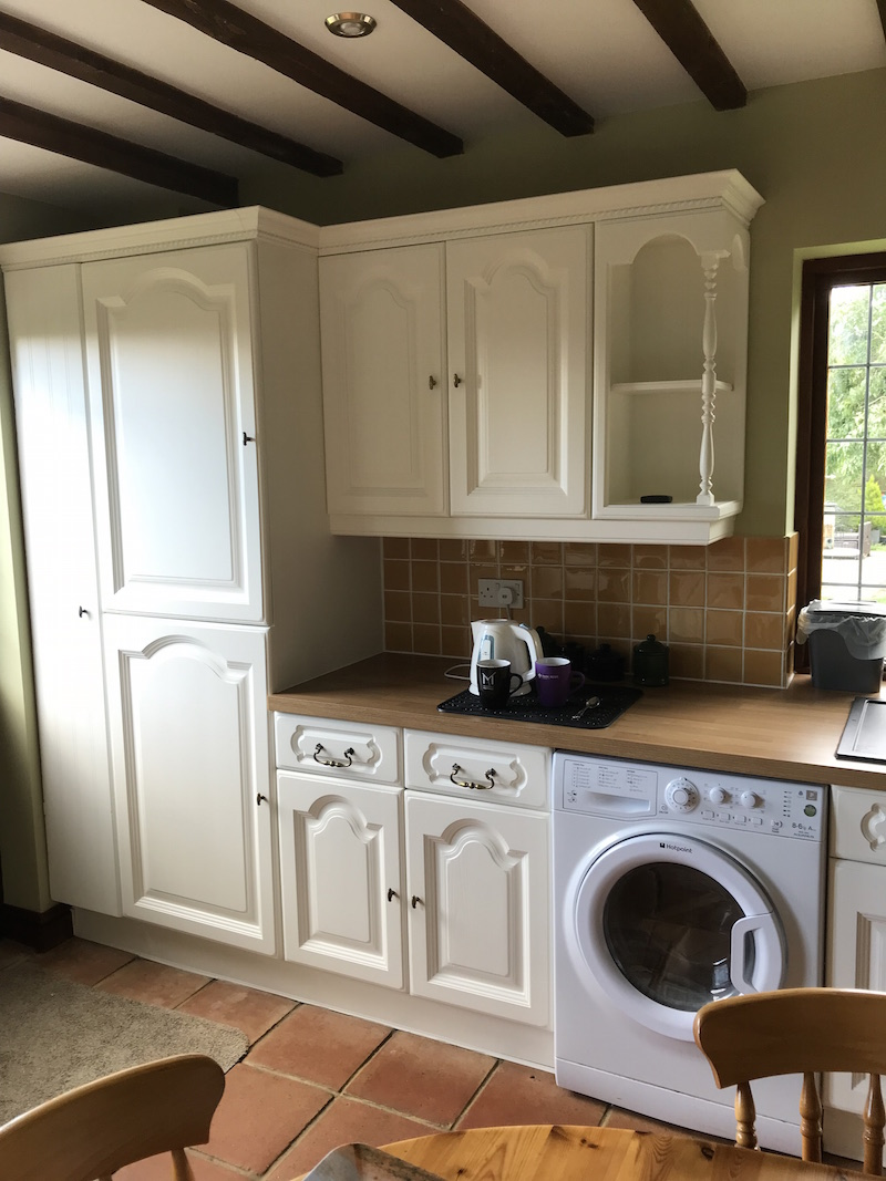 Refurbished painted kitchen in Shipston-on-Stour Warwickshire
