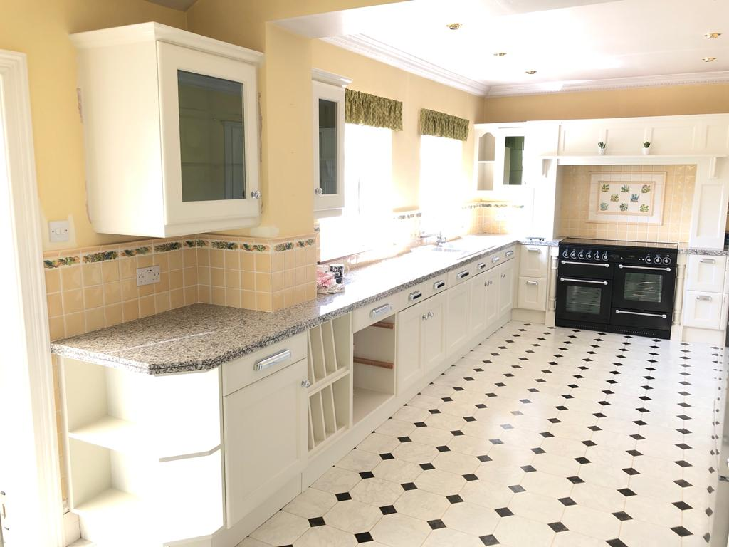 Hand painted kitchen in South Shields by Lee Baker