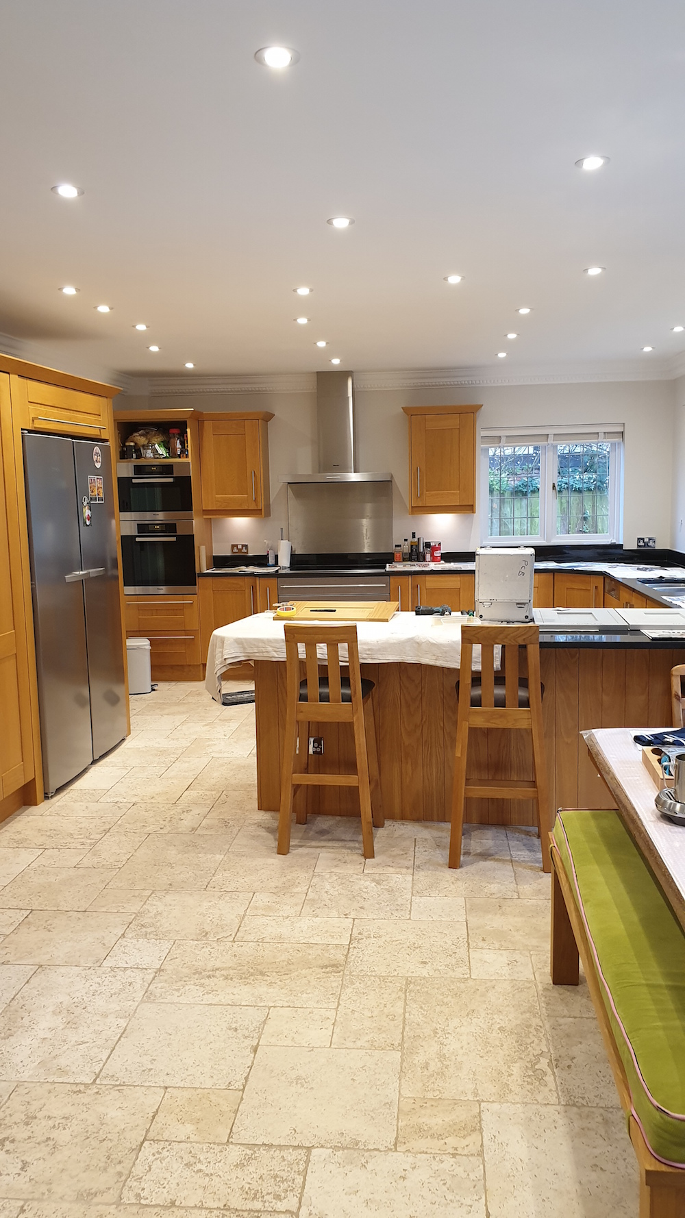 beautiful kitchen made of oak 10 years old in Radlett