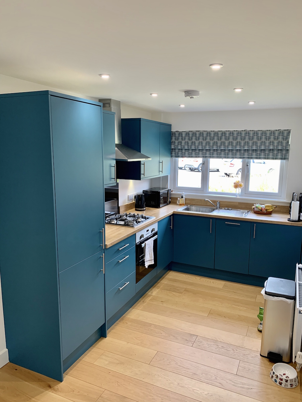 Mrs B's Teal painted kitchen