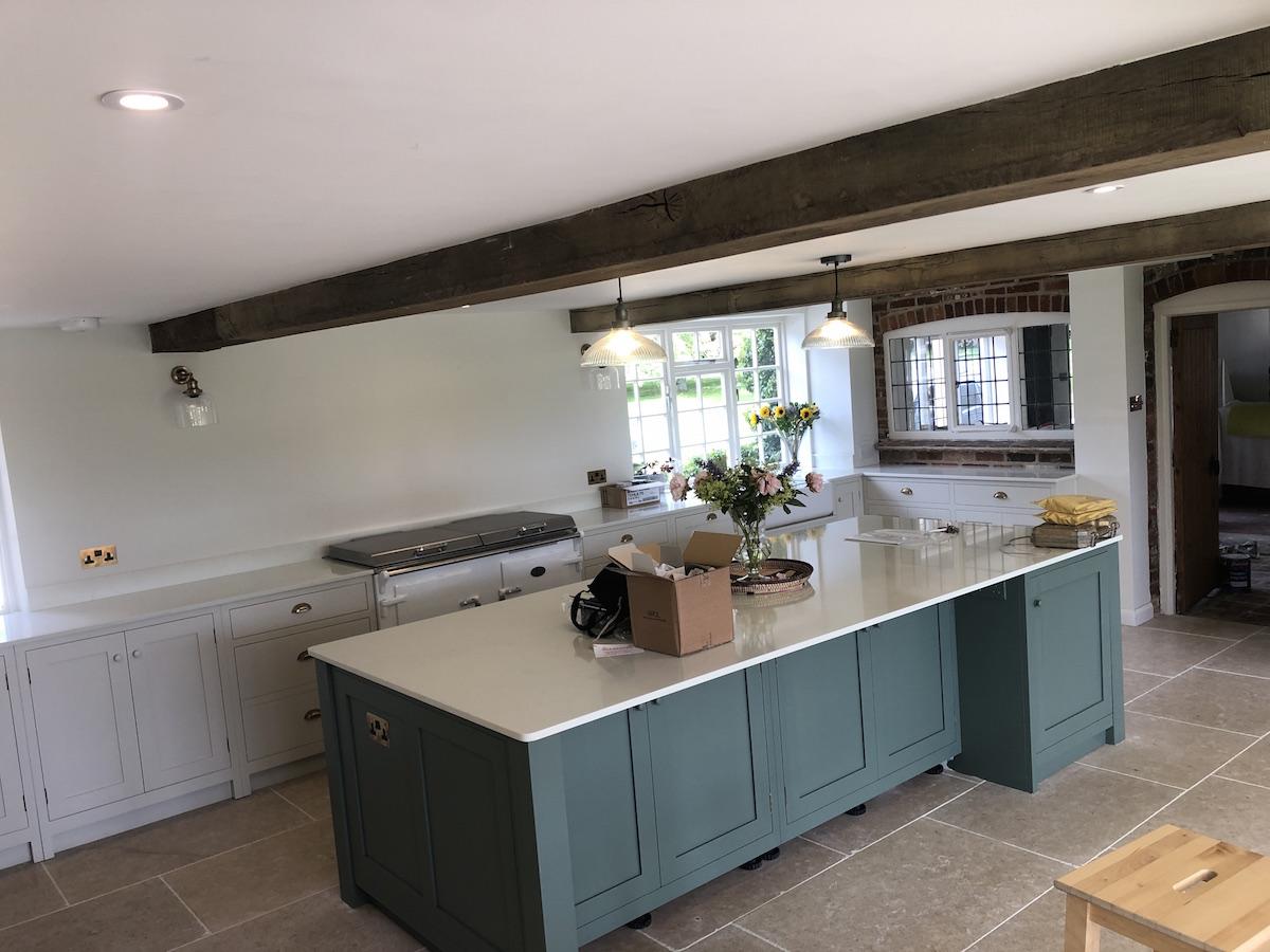 Classic kitchen colour combinations