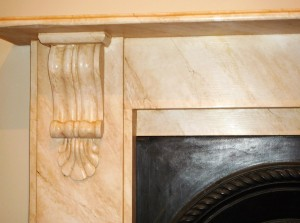Close up of the 'sienna style' faux marble effect