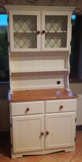 knotty pine dresser after painting